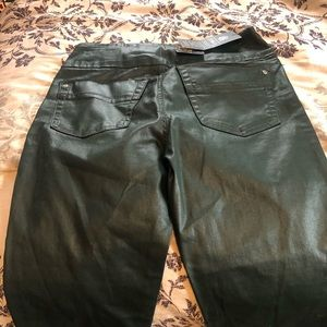 Rock Republic Faux leather jeans stretchy NWT